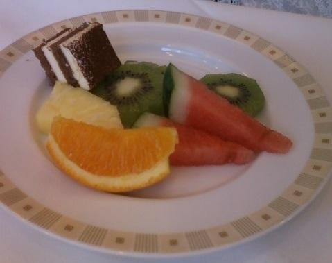 帝国ホテルのブフェレストラン インペリアルバイキング サールのデザート.jpg